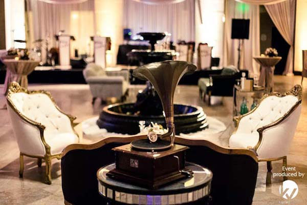 Great Gatsby Theme Parties Are All The Rage Tgis
